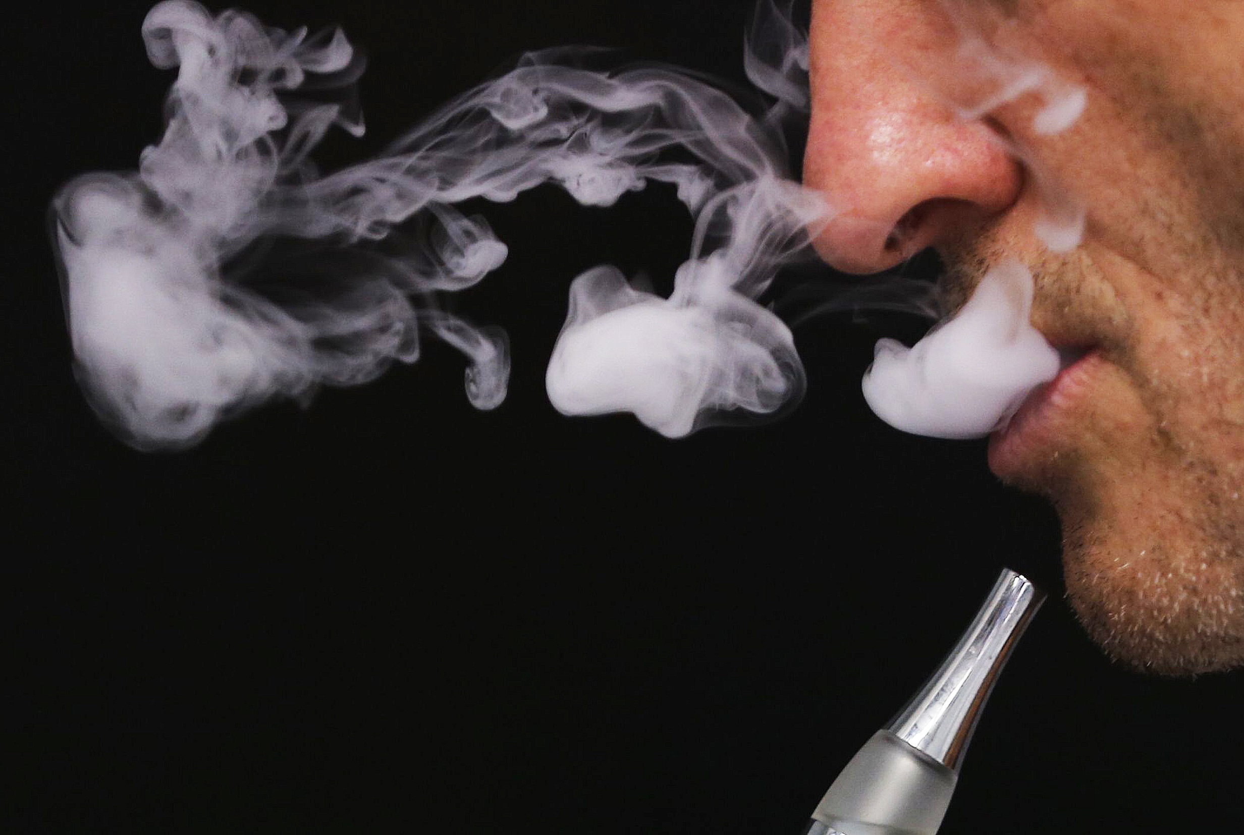 tobacco-ads-e-cigarettes.jpg